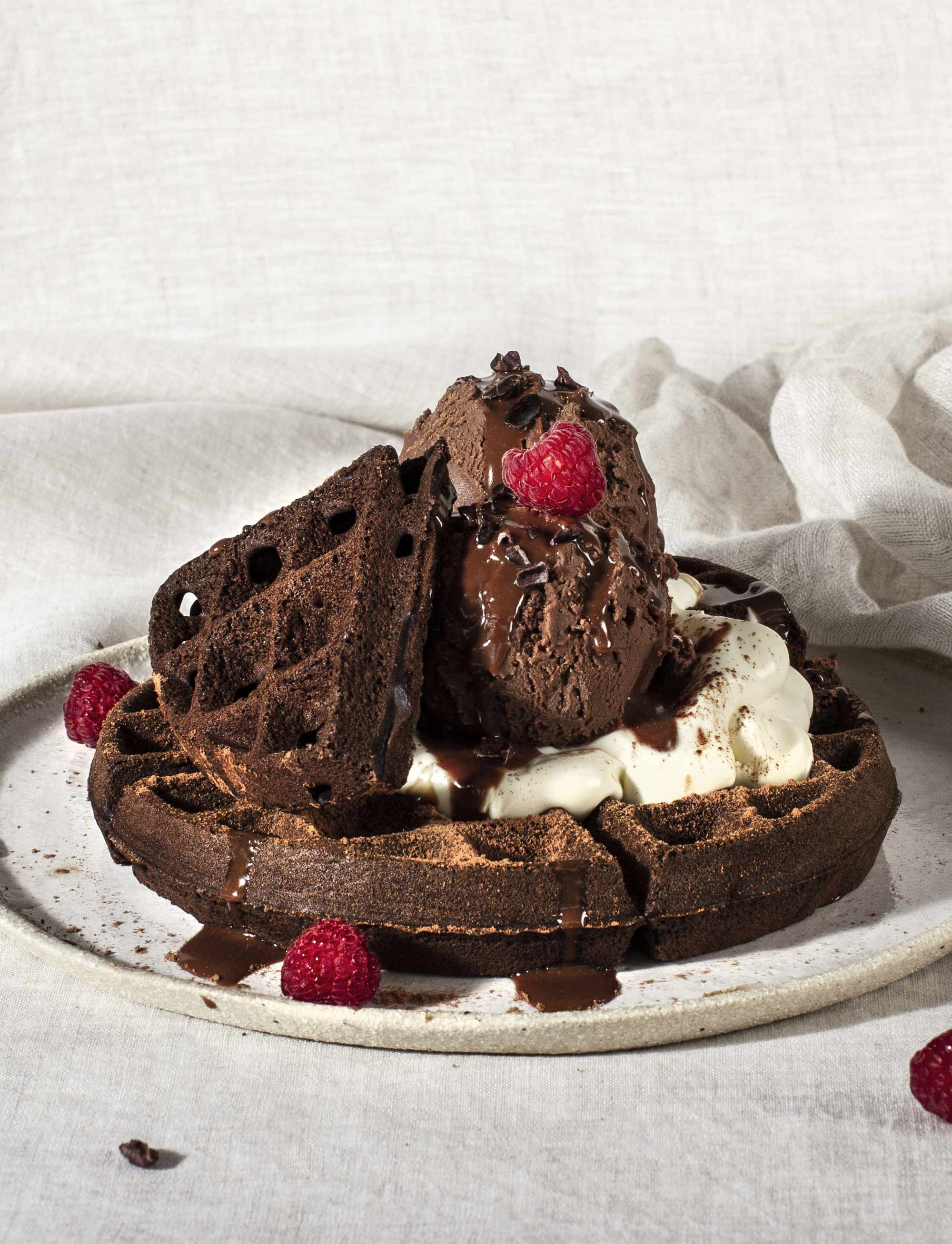 gluten-free-chocolate-waffles_recipe-hero